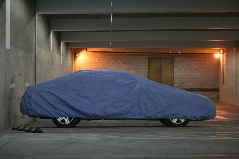 Il copriauto antigrandine, per proteggere la propria macchina