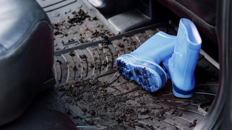 Tappetini auto gomma e fango